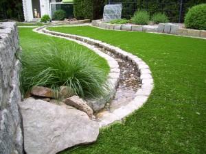 Kunstrasen Green Natural in Gartenanlage