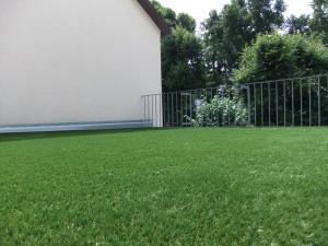 Dachterrasse mit Kunstrasen Green Mellow