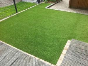 Kunstrasen Green Mellow II im Garten