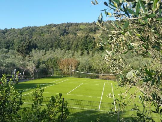kunstrasen fuer tennis in italien